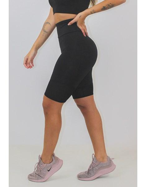 Bermuda Fitness Feminina Preta Lisa REF: LX135
