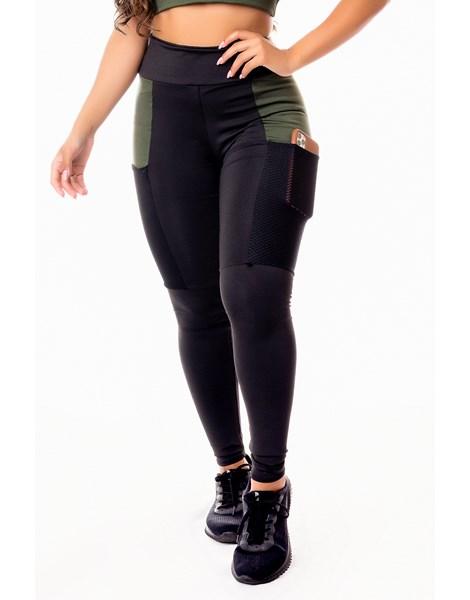 Calça Legging Fitness Academia Preta com Detalhe em Tela Dry Fit e Verde Militar Cintura Alta REF: SV20