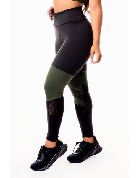Calça Legging Fitness Academia Preta com Verde Militar e Detalhe em Tela Dry Fit Cintura Alta REF: SV14