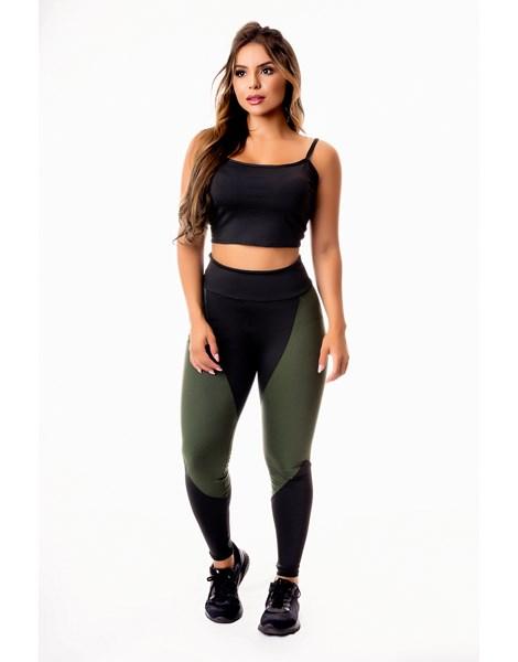 Conjunto Fitness Feminino Calça Legging Preta com Verde Militar Cintura Alta e Cropped Alcinha Academia REF: CSV3