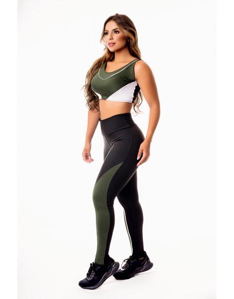 Conjunto Fitness Feminino Calça Legging Preta com Verde Militar e Vivo Branco Cintura Alta e Cropped Regata Academia REF: CSV27